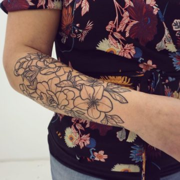 Tatouage floral – Anomaly Paris