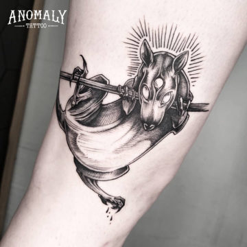 Tatouage rat, style blackwork – Anomaly Paris