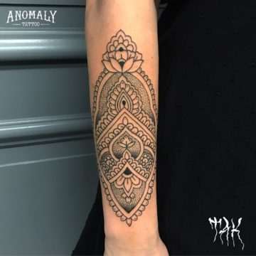 Tatouage ornemental – Anomaly Paris